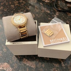 Michale Kors Yellow gold watch w/Pearl Face